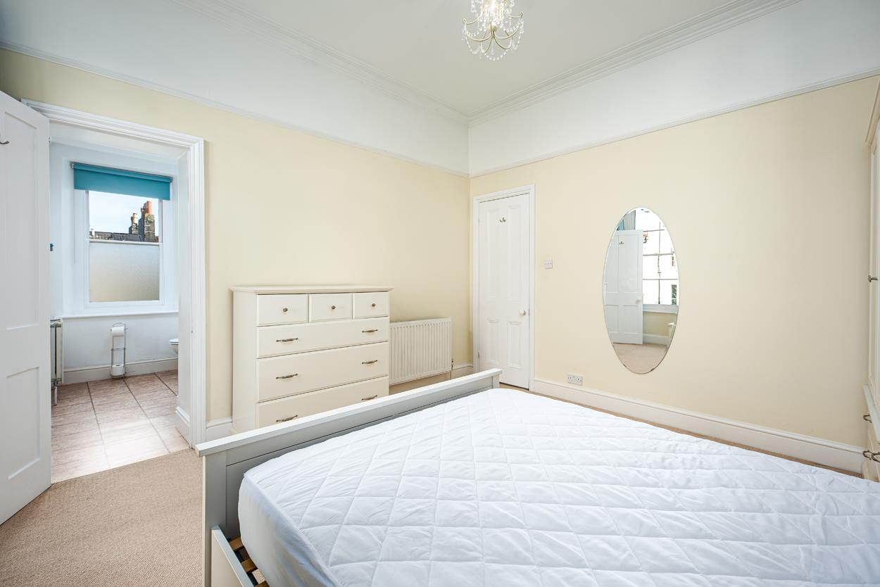 3 bed apartment to rent in Westfield Park, Bristol 7