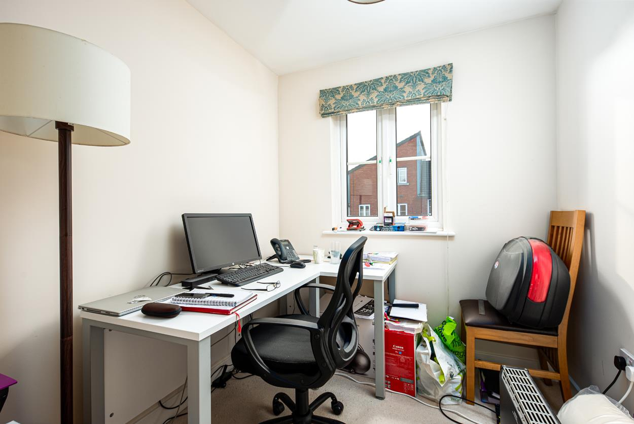 House to rent in Bartholomew Square, Bristol 6