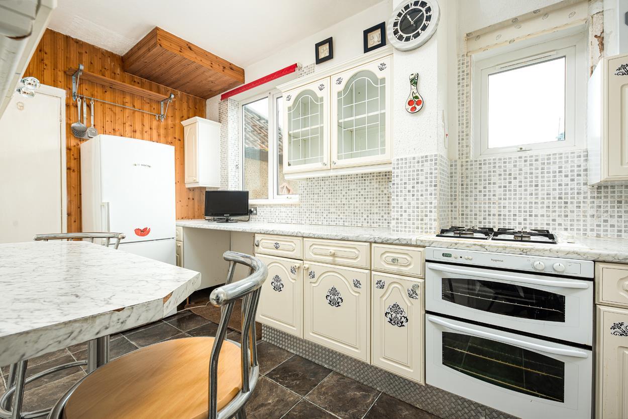 3 bed house for sale in Aldercombe Road, Bristol 5