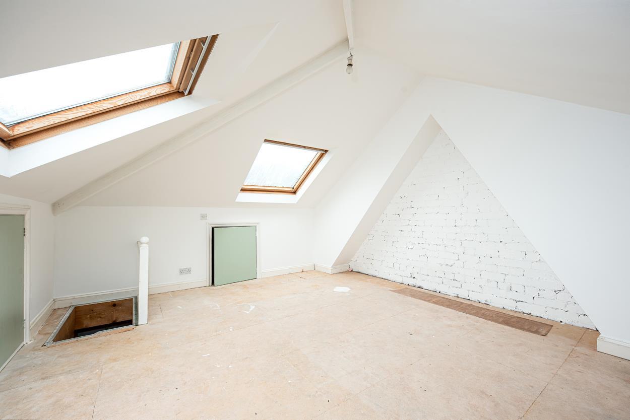 3 bed house for sale in Aldercombe Road, Bristol 11