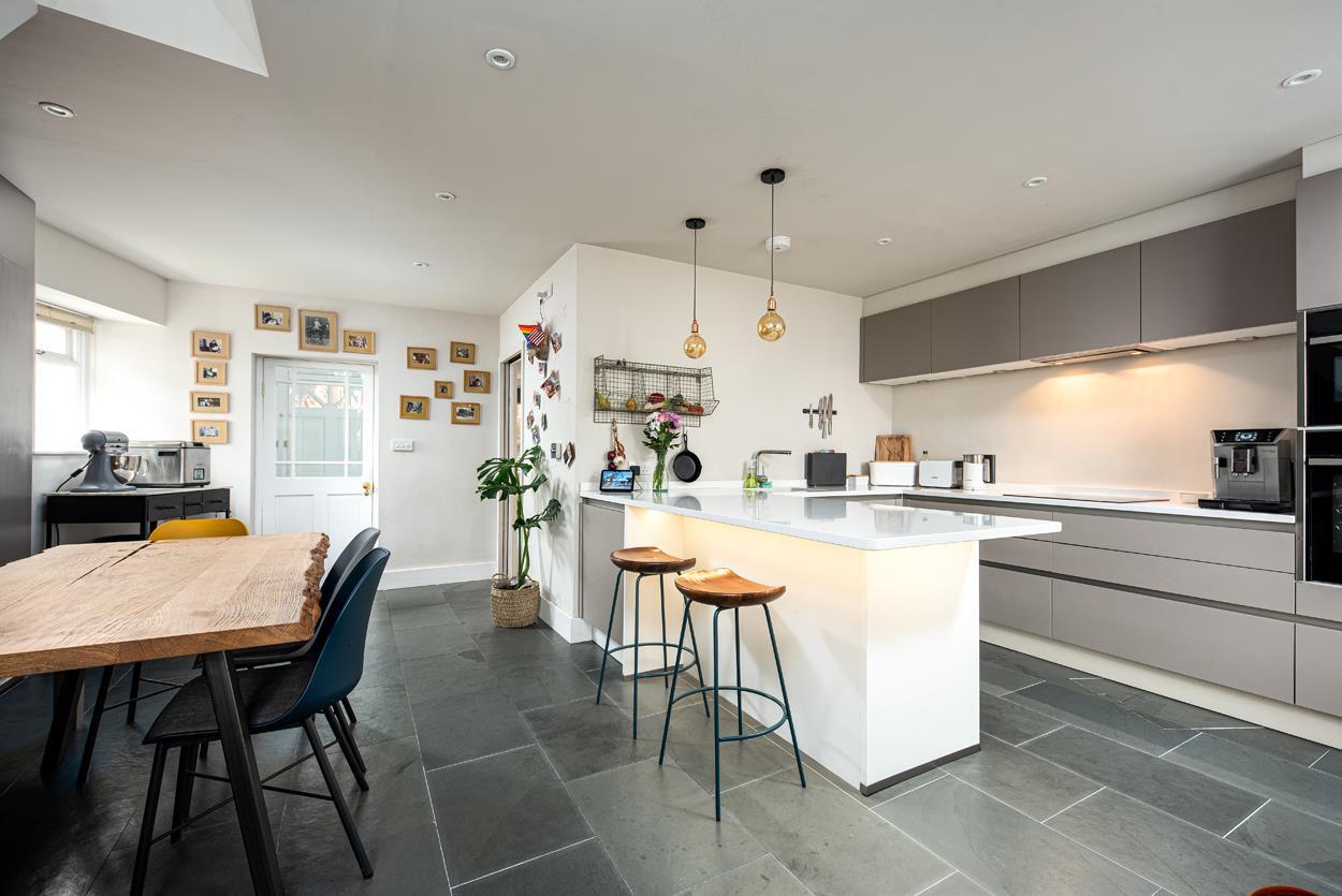4 bed detached house for sale in Goldney Road, Bristol  - Property Image 4