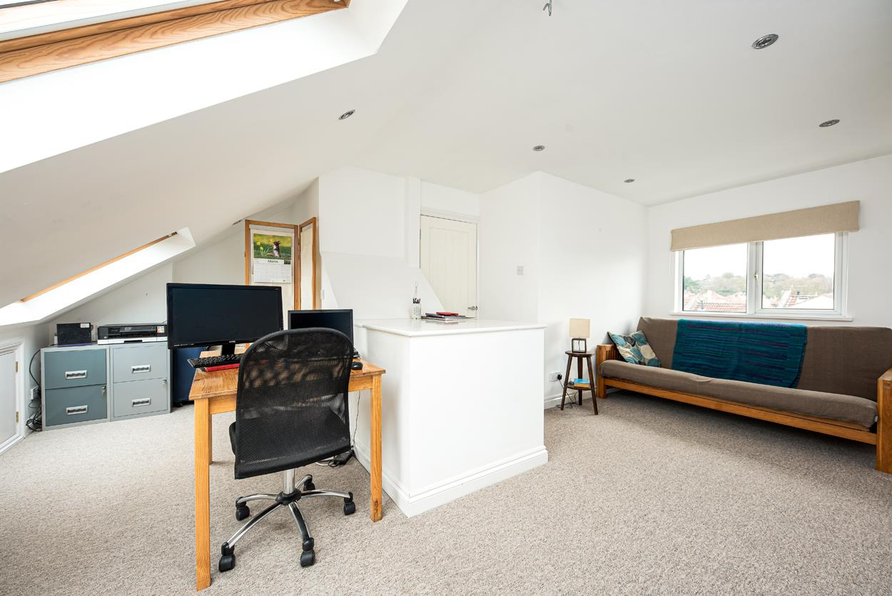 3 bed terraced house for sale in Raglan Place, Bristol  - Property Image 9