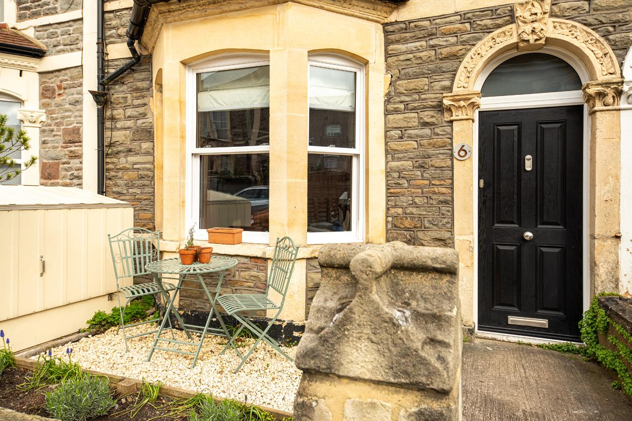 3 bed terraced house for sale in Raglan Place, Bristol 18