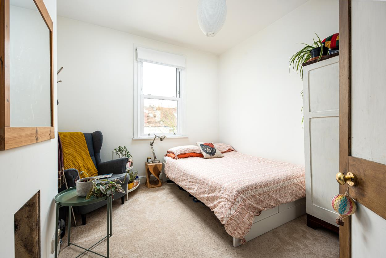 3 bed terraced house for sale in Raglan Place, Bristol 6