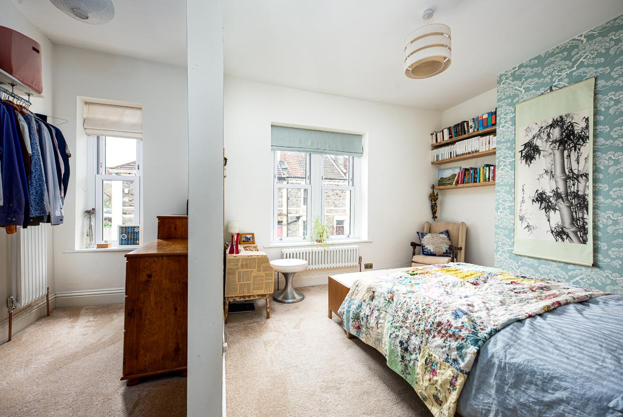 3 bed terraced house for sale in Raglan Place, Bristol 5