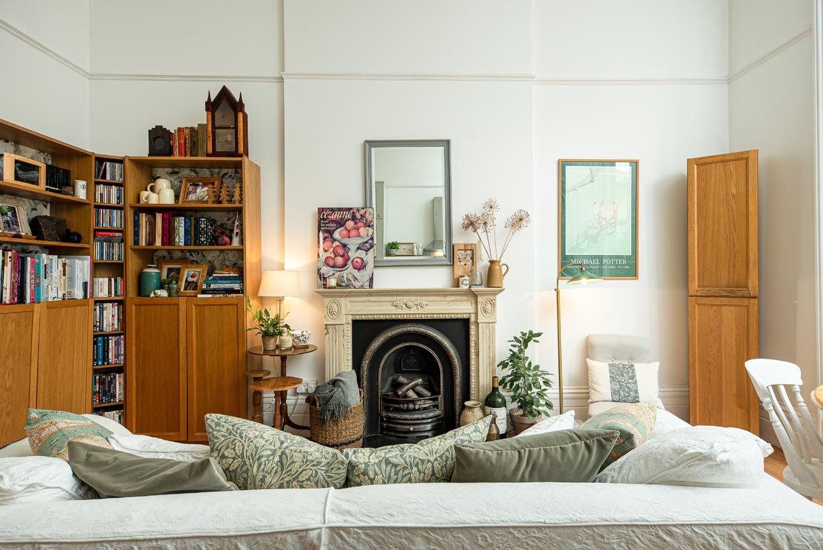 2 bed apartment for sale in Pembroke Road, Bristol  - Property Image 1