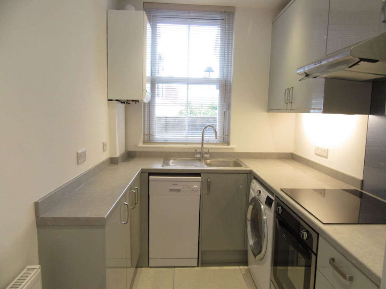 1 bed flat to rent in May Street, EX4