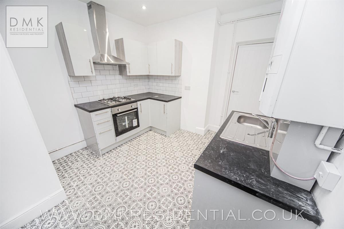 3 bed terraced house to rent in Arnold Street, Mountain Ash, CF45