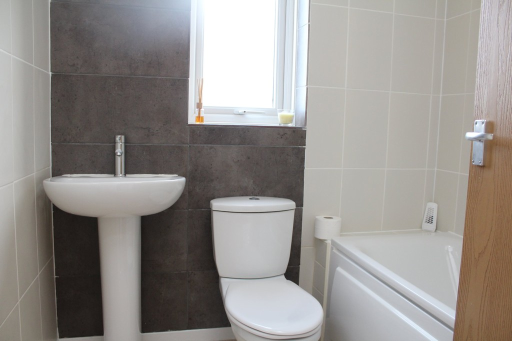 3 bed end of terrace house to rent in Neville Drive, Stockton-on-Tees  - Property Image 10