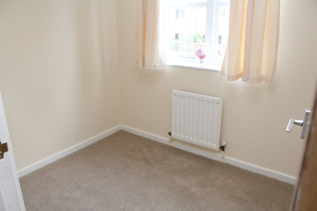 3 bed end of terrace house to rent in Neville Drive, Stockton-on-Tees  - Property Image 9