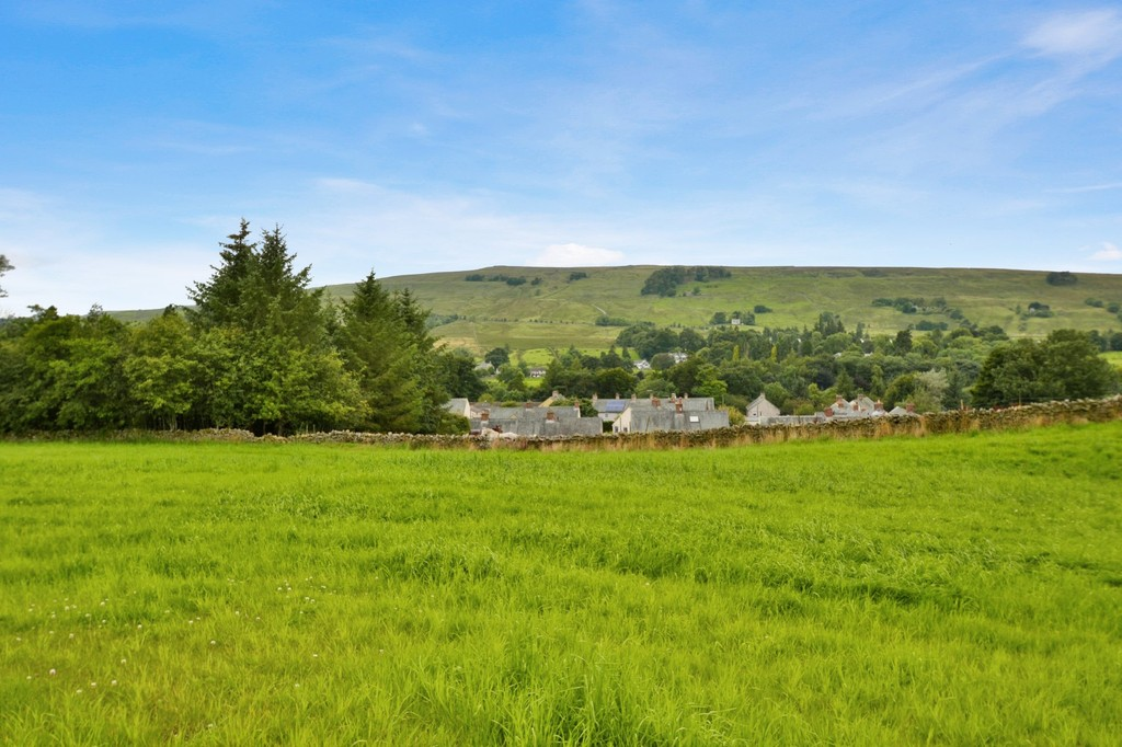 An exciting opportunity to purchase a block of bare land with planning permission for five dwellings.