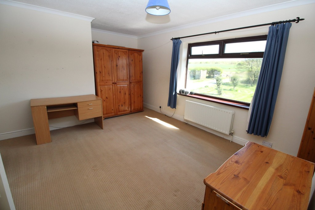 4 bed semi-detached house to rent, Durham  - Property Image 8