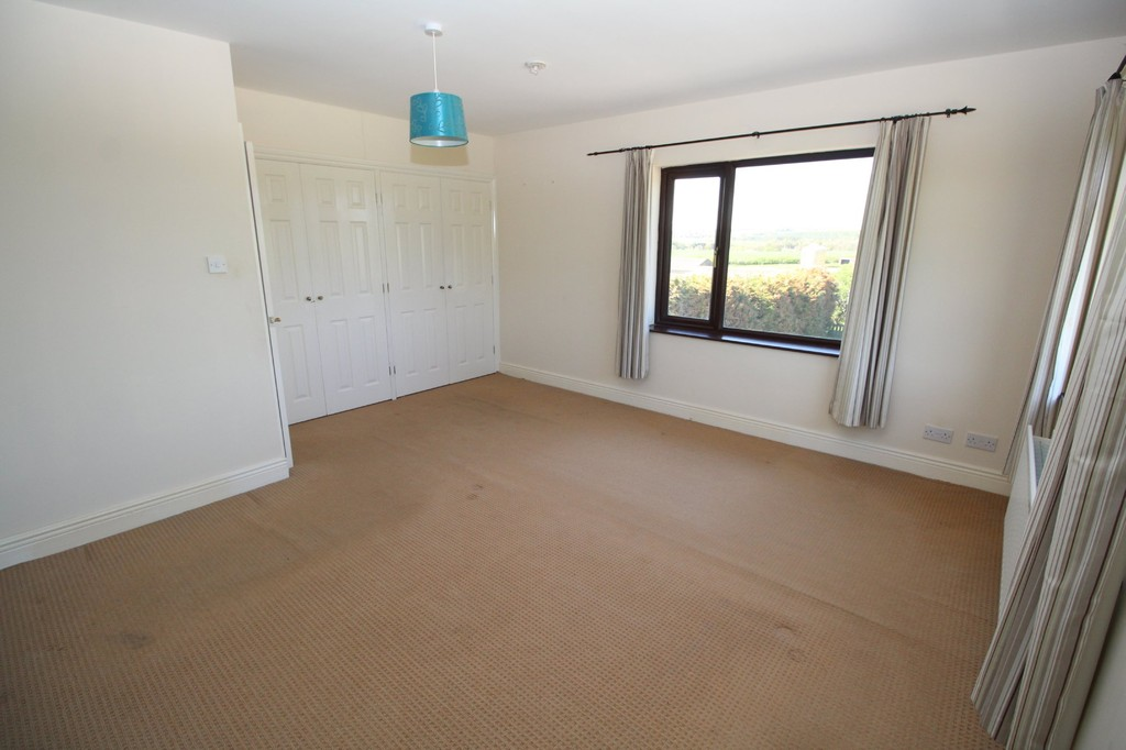 4 bed semi-detached house to rent, Durham  - Property Image 7