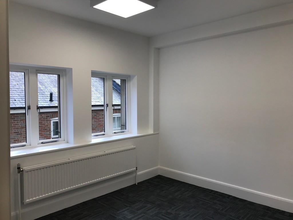Office to rent in Shakespeare Street, Newcastle Upon Tyne 2