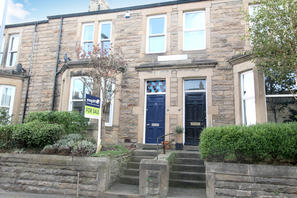 A charming traditional stone fronted Victorian four bedroom mid terraced house located in the west end of Hexham.