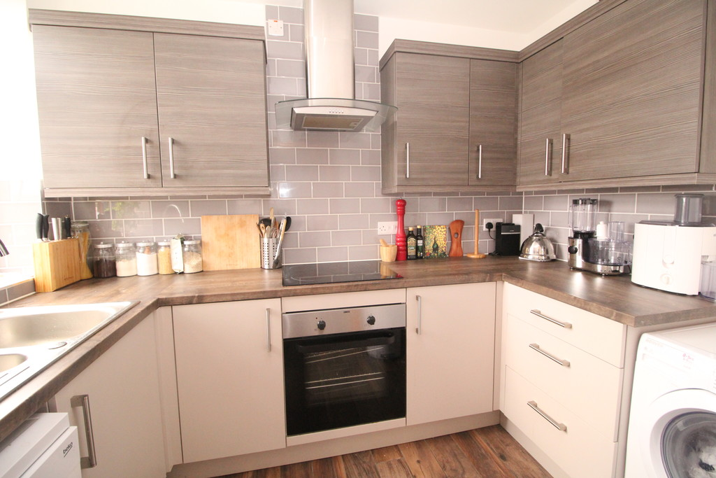 2 bed apartment to rent in Priestpopple, Hexham  - Property Image 3