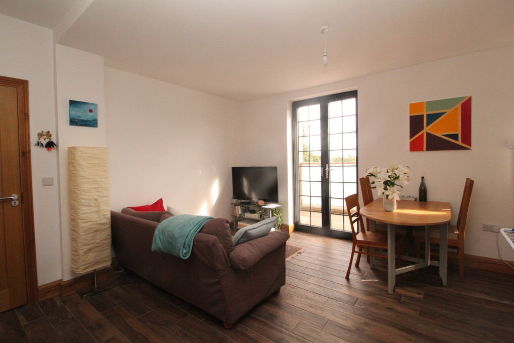 2 bed apartment to rent in Priestpopple, Hexham  - Property Image 2