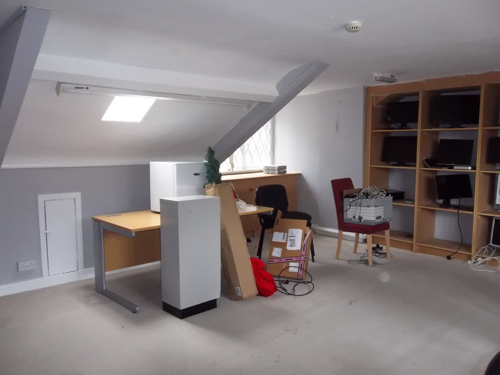Office to rent in Higham Place, Newcastle Upon Tyne  - Property Image 6
