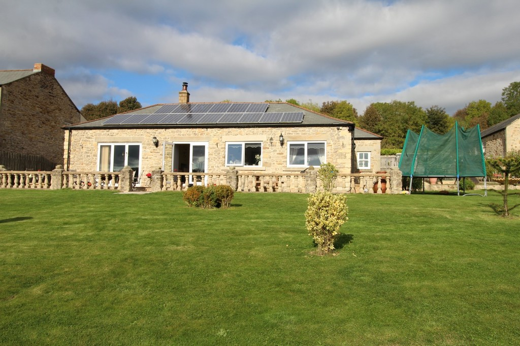 3 bed detached bungalow for sale in Garmondsway Village, Ferryhill  - Property Image 1
