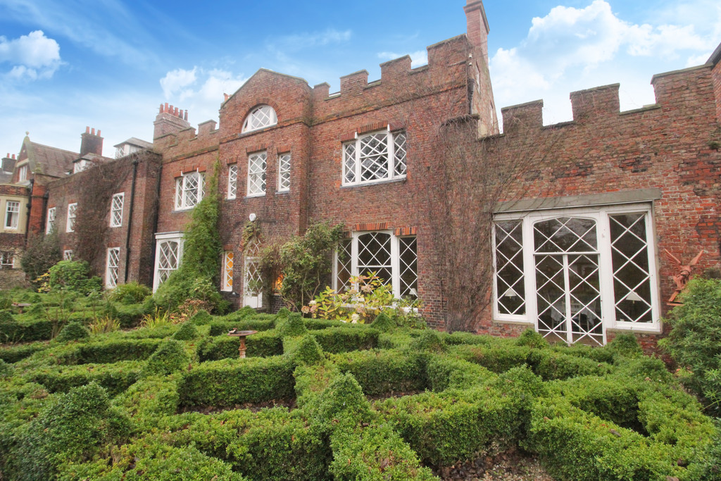 The White House is an imposing five bedroom Grade II listed Georgian property occupying a fantastic plot with front and rear gardens and off street parking, located within the heart of Westoe Village, a historic tree lined street in South Shields.