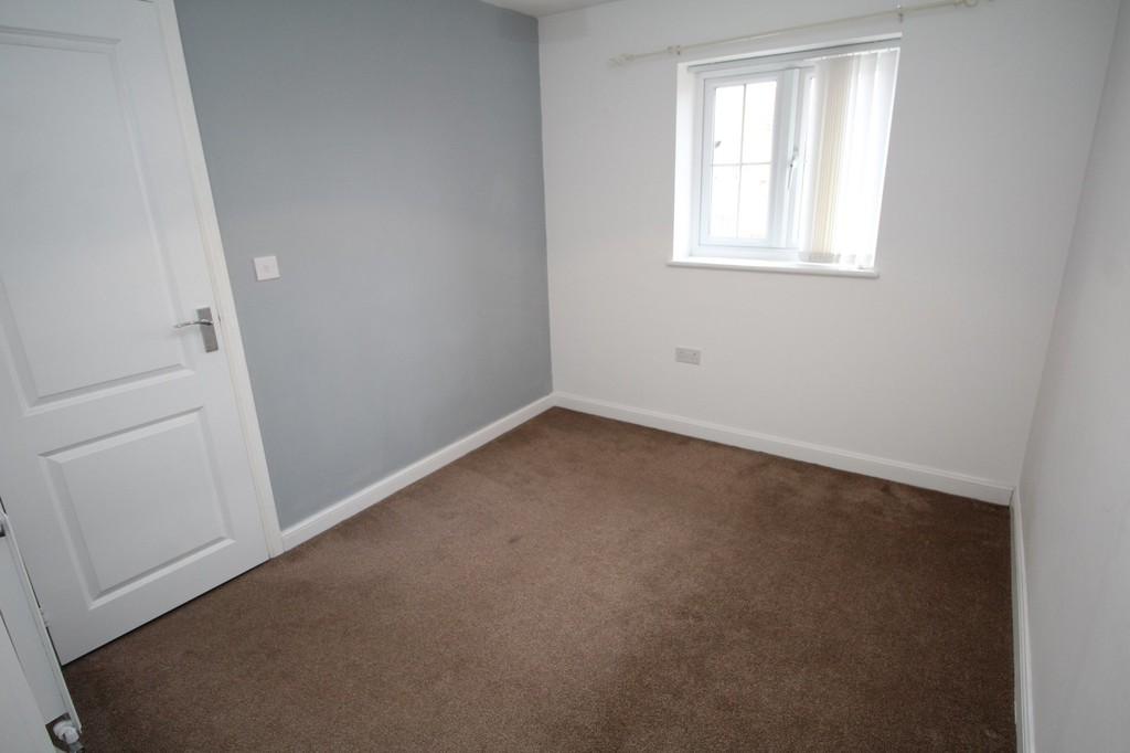 3 bed semi-detached house to rent in Brock Close, Stockton-on-Tees  - Property Image 5