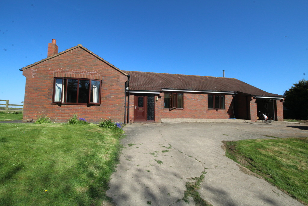 3 bed detached bungalow to rent in Elstob North Farm, Stockton-on-Tees  - Property Image 1