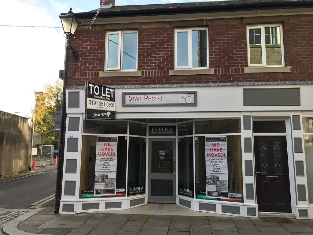 Ground floor shop to let in the market town of Hexham.  Suitable for a variety of uses, subject to planning consent. Rent £9,750 per annum.