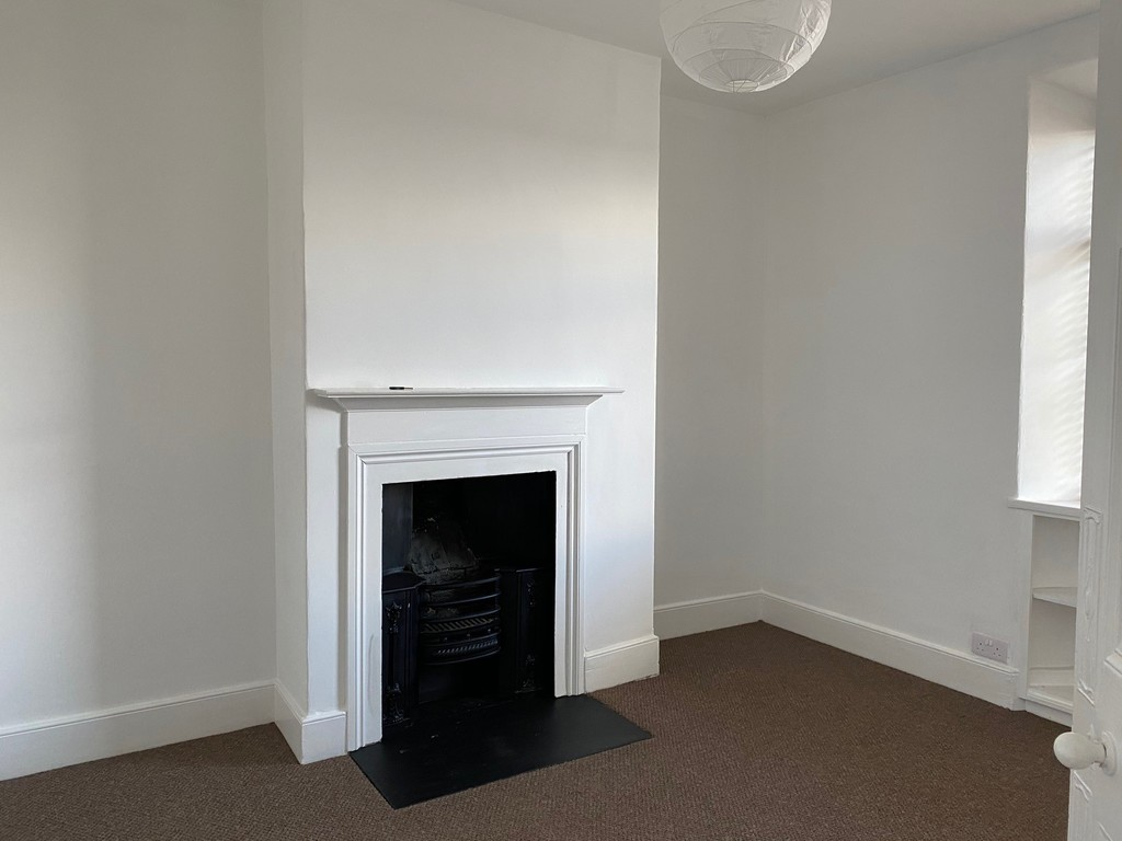 2 bed terraced house to rent in Lisburn Street, Alnwick  - Property Image 4