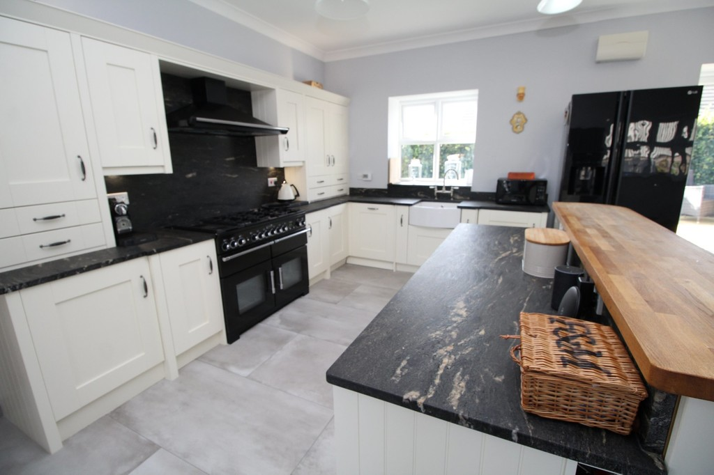 4 bed barn conversion for sale in Highland Farm Cottages  - Property Image 5