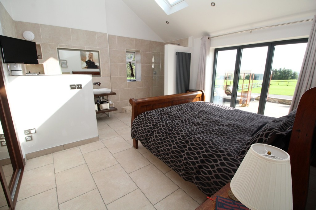 4 bed barn conversion for sale in Highland Farm Cottages  - Property Image 8