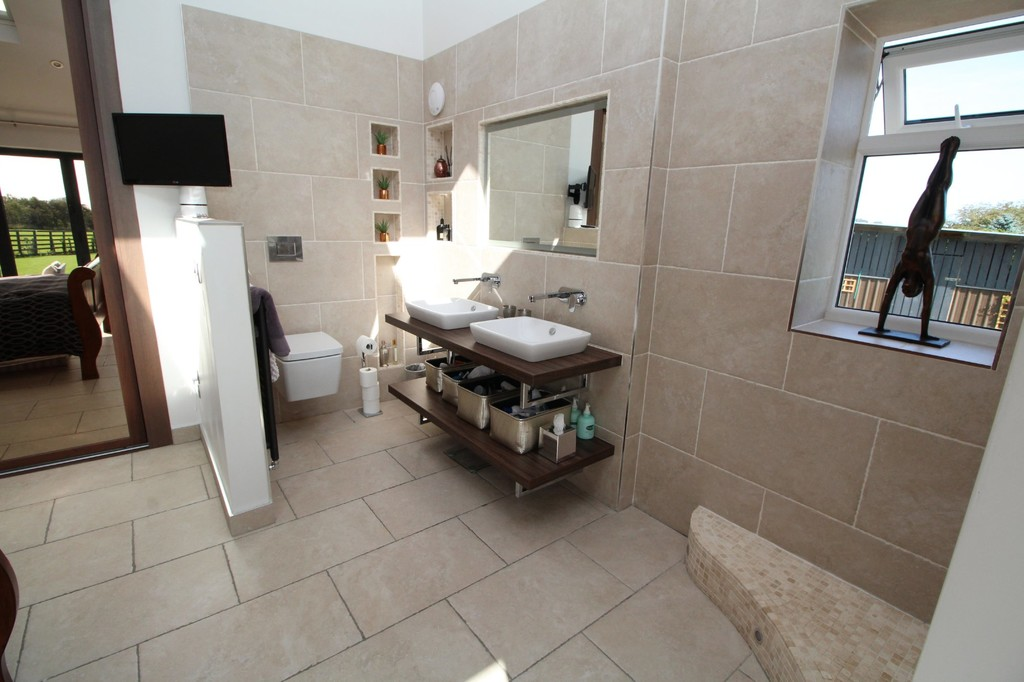 4 bed barn conversion for sale in Highland Farm Cottages  - Property Image 7