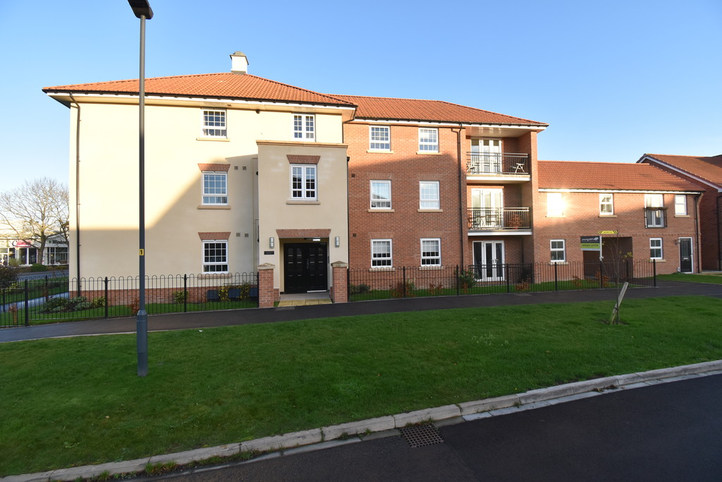 AVAILABLE MID NOVEMBER - A Second Floor 2 Bedroom apartment in a modern purpose built development on the outskirts of Northallerton. Internally the property is in very good decorative condition. Externally there is a designated parking space and a covered balcony patio area.