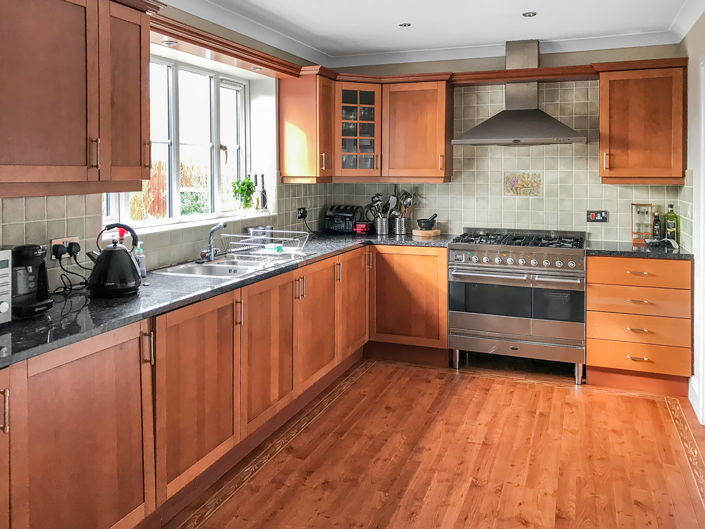 4 bed detached house to rent in Junction Road, Stockton-on-Tees  - Property Image 5