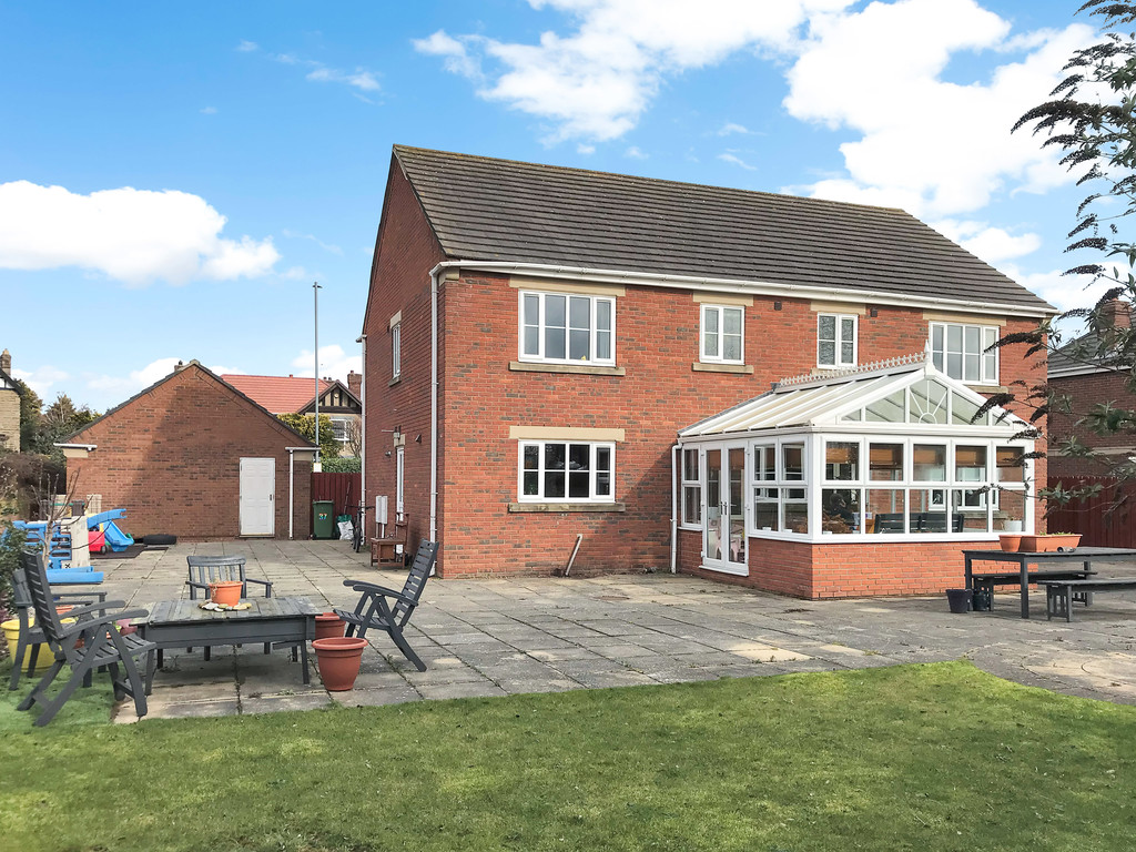 4 bed detached house to rent in Junction Road, Stockton-on-Tees  - Property Image 2