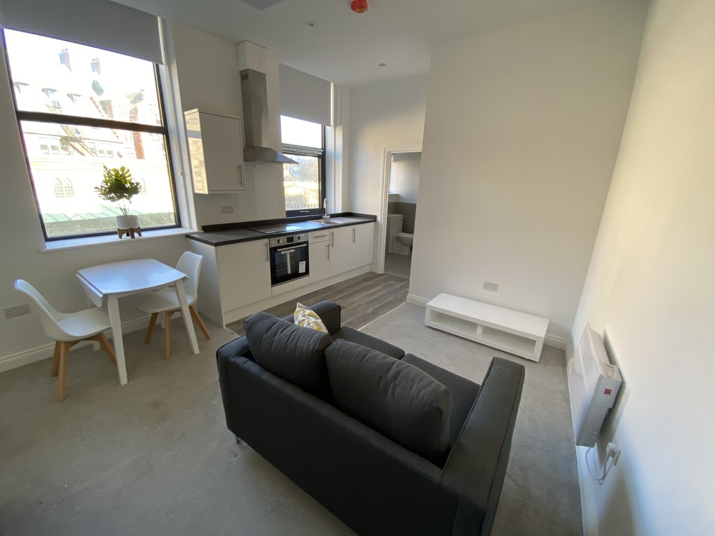 BRAND NEW fully furnished Studio Apartments with modern living space in a city centre location. Accommodation comprises an open plan Kitchen/Living/Dining/Bedroom Area and Bathroom. Integrated appliances are included as well as a new SMART TV and furniture. AVAILABLE IMMEDIATELY.