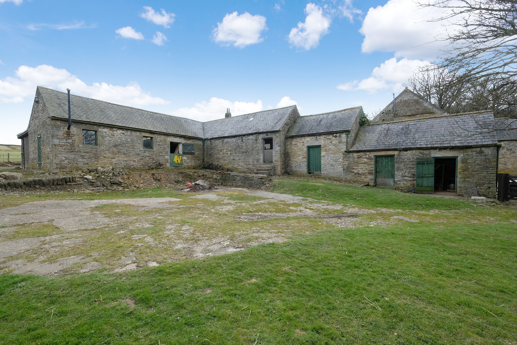 A fantastic opportunity to purchase a traditional stone barn with planning permission for conversion into a residential dwelling, pleasantly situated within the picturesque village of Hunstanworth.