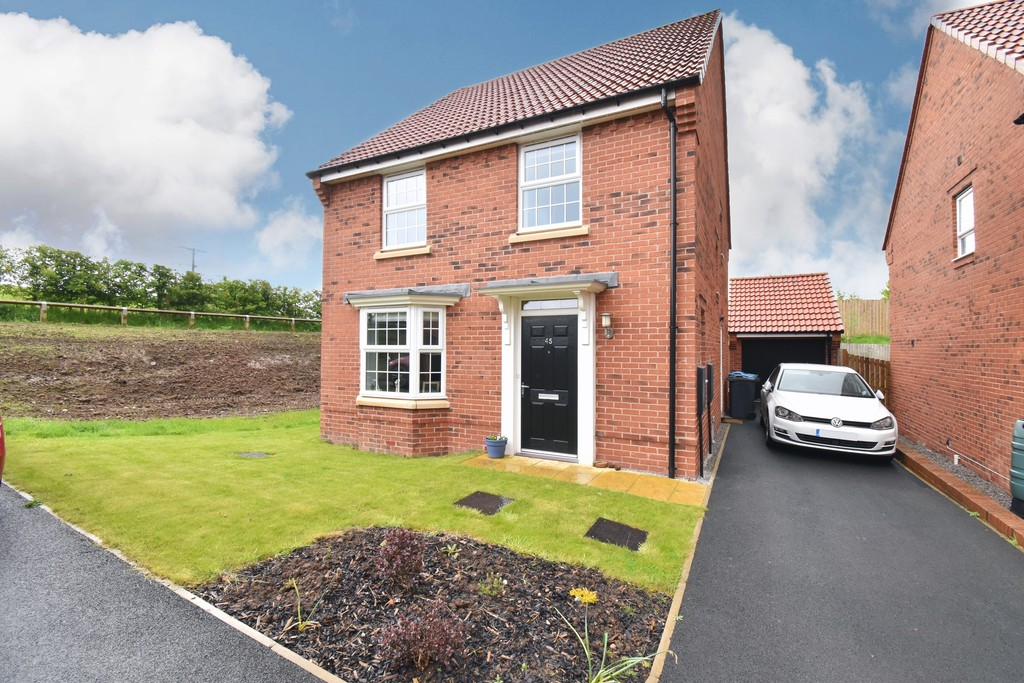 A detached house located in a modern and convenient residential area close to the centre of Northallerton occupying a generous plot with ample garden space and parking, together with a detached single garage. Gas central heating is installed together with UPVC double glazing throughout.