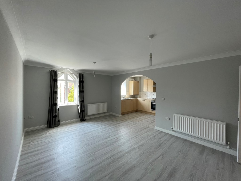 3 bed apartment to rent in Winterton Avenue, Stockton-on-Tees 1
