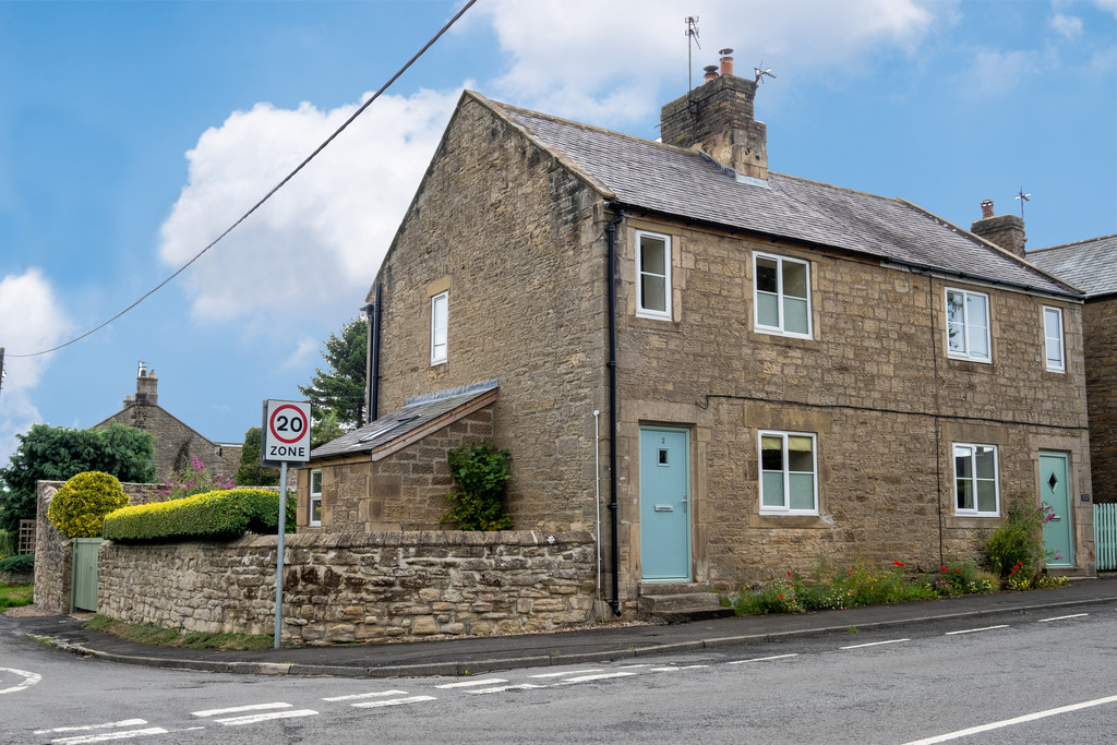 A beautiful stone built three bedroom,semi-detached cottage recently refurbished situated within the desirable North Tyne village of Barrasford.