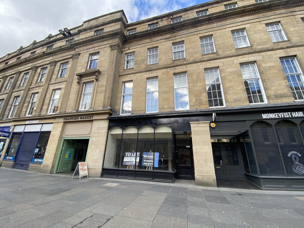 Grade II Listed Shop To Let. Prominent City Centre Location. Immediate occupation. Rent £40,000 per annum