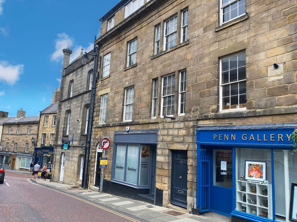 Oakwood is an attractive two-bedroom, first floor apartment, conveniently located in the heart of Alnwick. The property would make an ideal second home or holiday let investment, currently producing 8.8% yield, with easy access to all local amenities.