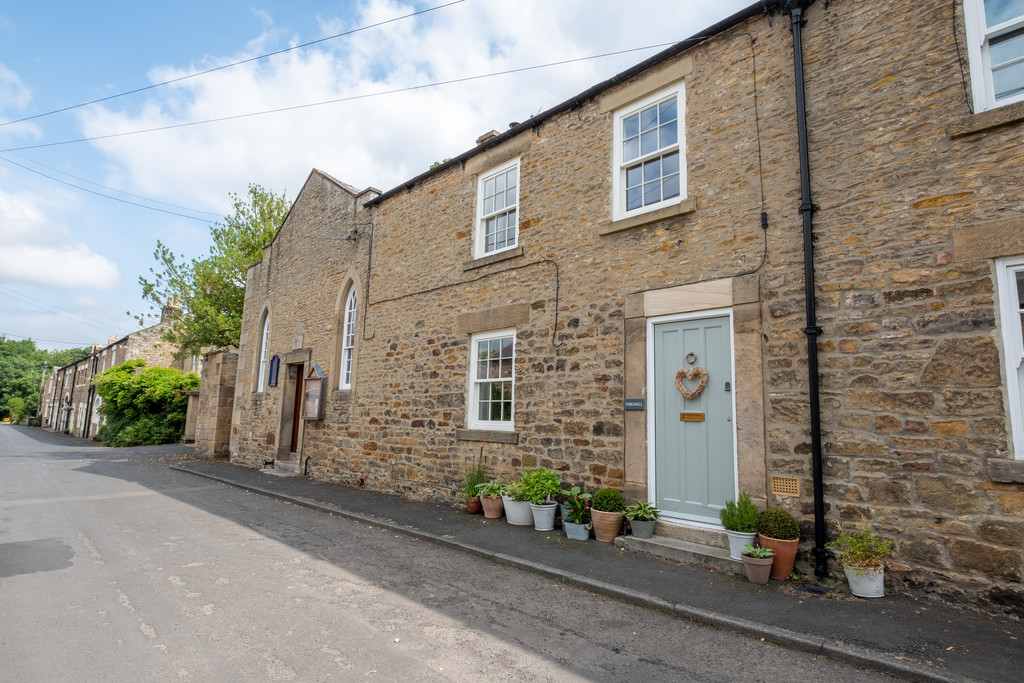 Thirlwell is a Grade II listed, two bedroom cottage with fantastic rear garden, pleasantly situated within the village of Riding Mill.