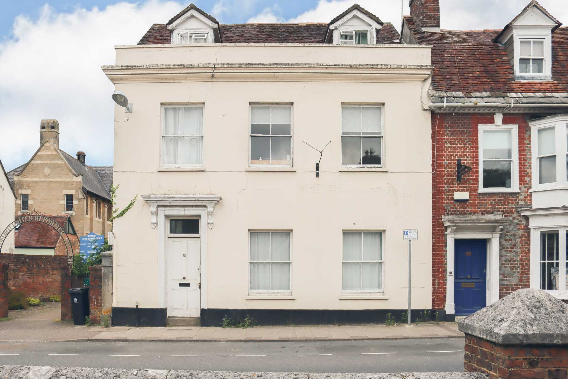2 bed flat for sale in Salisbury Street, Blandford Forum, Blandford Forum - Property Image 1