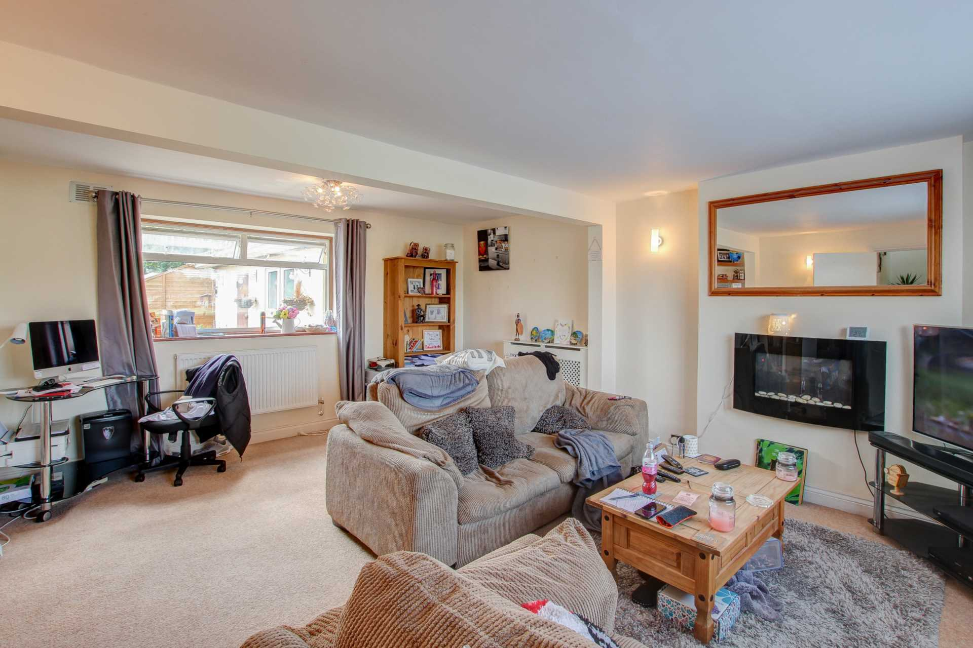 3 bed terraced house for sale in Churchill Close, Sturminster Marshall, Wimborne 5