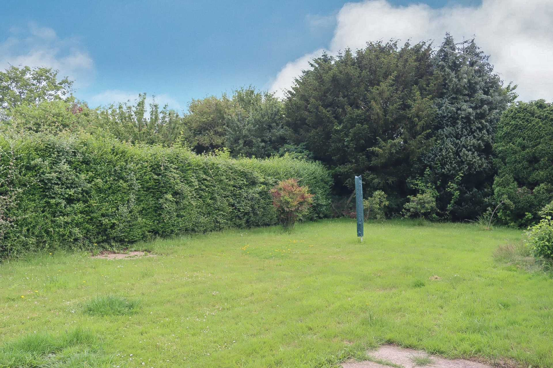 3 bed terraced house for sale in Churchill Close, Sturminster Marshall, Wimborne  - Property Image 15