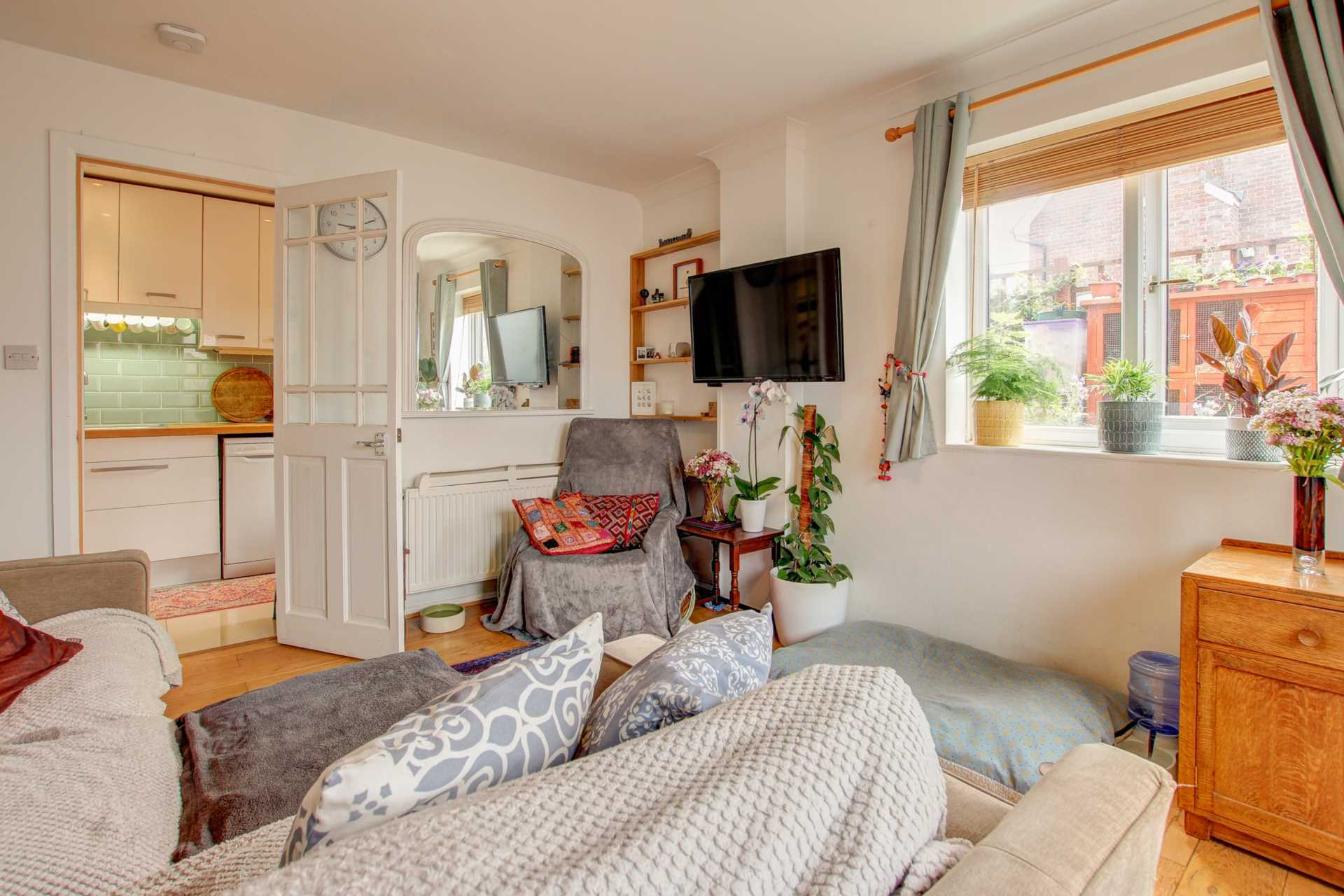 2 bed end of terrace house for sale in The Mews, Shorts Lane, Blandford Forum, Blandford Forum 10