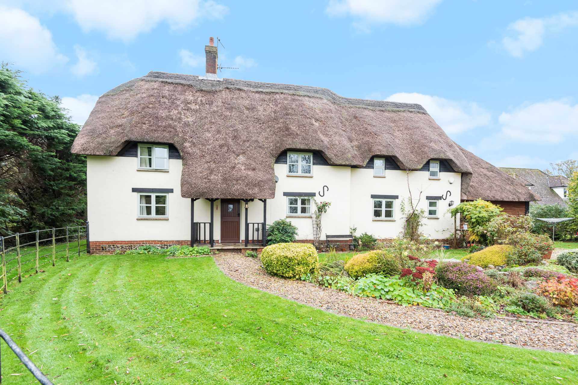 4 bed detached house for sale in Wagtails, Whatcombe Lane, Winterborne Whitechurch, Blandford Forum - Property Image 1