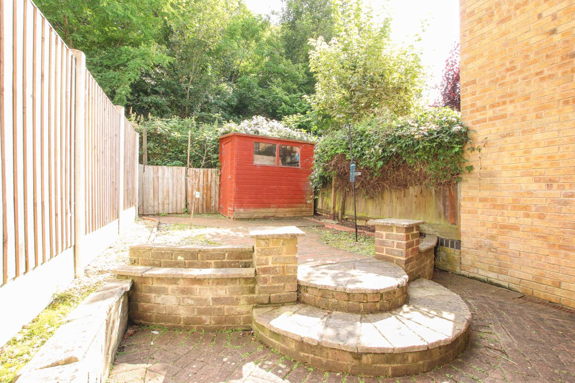 2 bed terraced house for sale in Eastleaze Road, Blandford Forum  - Property Image 4