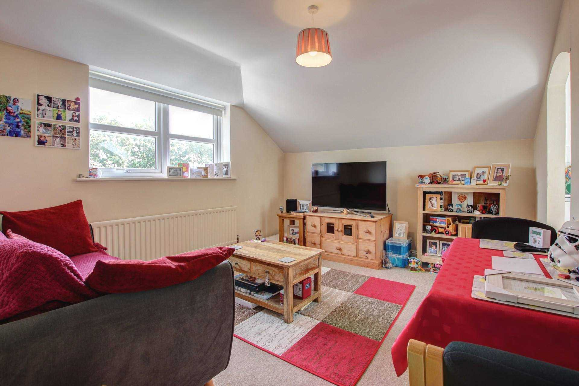 2 bed flat for sale in The Orkneys, Blandford Forum, Blandford Forum 2