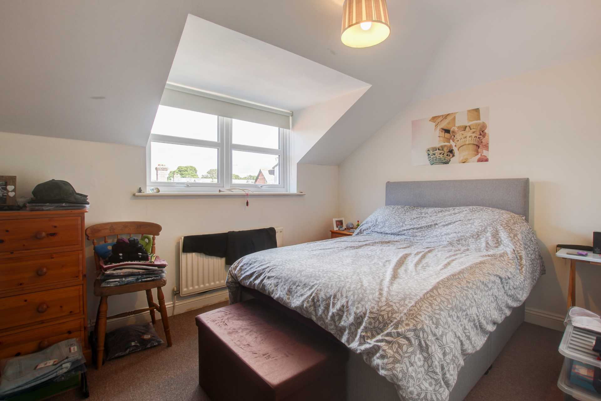 2 bed flat for sale in The Orkneys, Blandford Forum, Blandford Forum 3